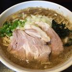 麺屋 とがし - 2015/3/9とがし的えぐぅい煮干しのら~麺850円大盛りタマネギ増し
