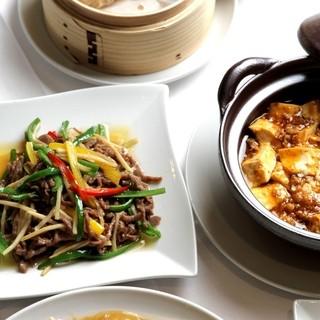 上海料理をベースに日本の食材の四季を活かす洗練された中国料理