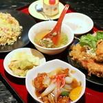 花北京 - 料理写真:色々楽しめる定食。スタッフの感じも良く、気持ちよく食事ができます♪