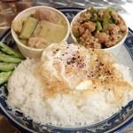 タイ食堂 ジャルアン
