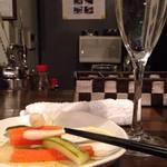 四代目田兵衛 葡萄家 - 「るみ子の酒」と自家製ピクルス
