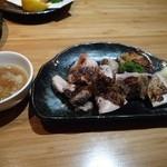 居酒屋 源氏 - 若鶏の網焼き 塩