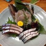 和食かたおか - イレギュラーにクエの刺身とシメサバ