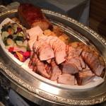 35768400 - 豚ロース肉の照焼き風ロースト 蜂蜜と生姜の風味2015年3月