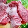 焼肉秀吉 - 料理写真:厳選した国産和牛をまるごと仕入れて切り分ける『特上カルビ』