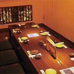 遊遊 - 掘りごたつ席、各種人数にあわせた個室あります。宴会にぜひ!