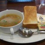ロイヤルホスト - 7種野菜のスープ&トースト472円★★★