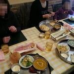 ジャハンギール - 料理がテーブルにいっぱい