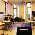ココ カフェ - ステージ付カフェ