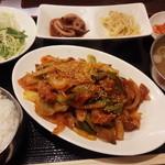 35783069 - 肉辛炒め(800円)