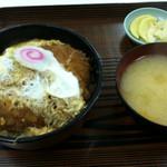 レストラン宮子 - やっぱりかつ丼に…