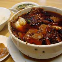 四季ボウ坊 - アツアツで美味!オススメ定食です!