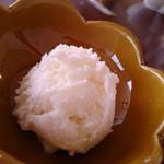 ミカサノ食堂 - セットのジェラート(クリームチーズ味)