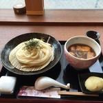 udondyayatsudura - 鶏団子つけうどん 880円