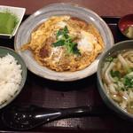 三国一 - かつ煮定食1000円