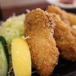 ごはんや金沢 - 料理写真:カキフライ