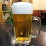 中京 - 生ビール 大 は、心なしか大きく感じます。きっと大きいんだと思います。
