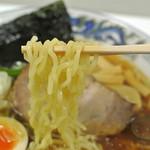 らーめん逍遥亭 - らーめん逍遥亭・醤油ラーメン 麺近影(2015.03)