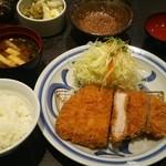 Tonkatsuhamakatsu - 特選ロースかつ定食(1,590円+8%)