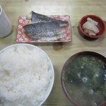 二葉 - なごし(さわらの幼魚)塩焼き400円プラス定食セット250円