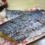 二葉 - なごし(さわらの幼魚)塩焼き400円