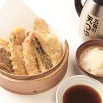 天ぷら海鮮 五福 - 少し甘めの濃厚な天つゆ。大根おろしはすきなだけどうぞ!