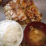お好み焼十万 - モダン焼定食(コーヒー又はウーロン茶付)