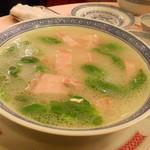 天香楼 - ハムのスープ