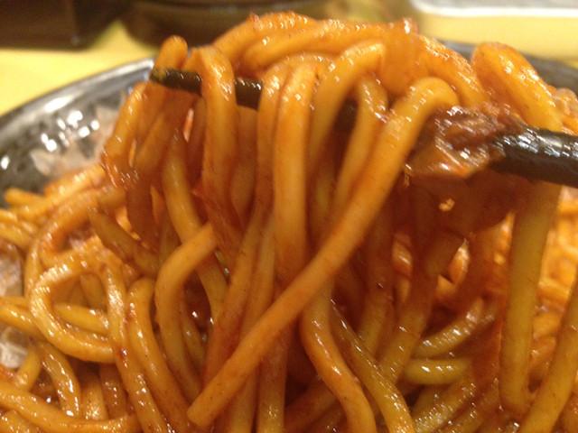 焼きそば専門店 寿座 総本店 - 麺リフト