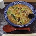 ご当地ちゃんぽん研究所 - 料理写真:尼崎あんかけちゃんぽん¥896-