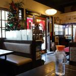 好味亭 - 2013年12月 開店と同時に入りましたがすぐお客さんでいっぱいに!