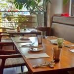 ル レストラン ハラ - 隣の席