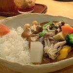 香希 - 野菜カレー・ベジタ(白米・普通盛)