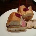 35837948 - ロービーのサンドイッチ