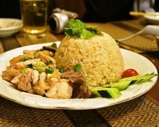 インター - 2015.3 カオマンガイ(1,200円)茹で鶏のせご飯
