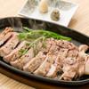 溶岩石焼き料理 芳寿豚ロース焼き