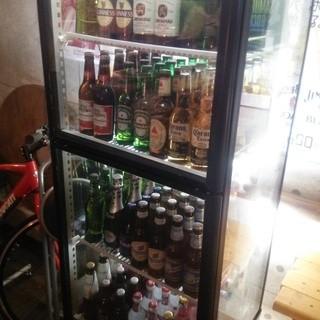 多数の海外ビール!お酒のラインナップが広がります。
