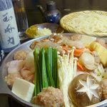 どすこい酒場 玉海力 - ちゃんこ鍋の味は、塩・味噌・醤油・キムチを用意しております