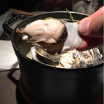 35854423 - 牡蠣の酒蒸しみたいな名前の料理だったと思うf^_^;)                       このあとに、このスープをベースとしたリゾットを作ってもらえる。                       かなりお勧め。