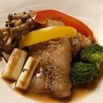総州古白鶏と季節の野菜グリル~ローズマリー風味~