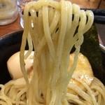 豚骨一燈 大塚店 - 麺