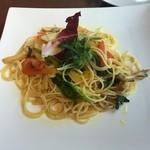 燈屋・伊太利亜食堂 - 野菜のペペロンチーノ