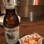 アジアン屋台 ミネマツ屋 - シンハービール 税別600円 タイのビール