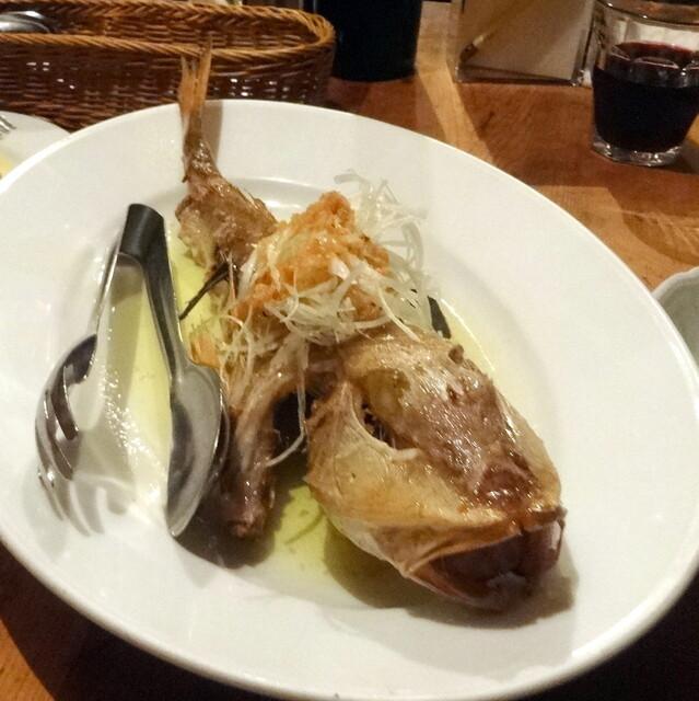 Bistro ひつじや - ホウボウのガーリックオーブン焼き2,400円