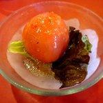 トラットリア イ・ルミナーレ - Aコースのトマトサラダ!
