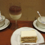 西東詩集 - アイスカフェラテ、珈琲ケーキ