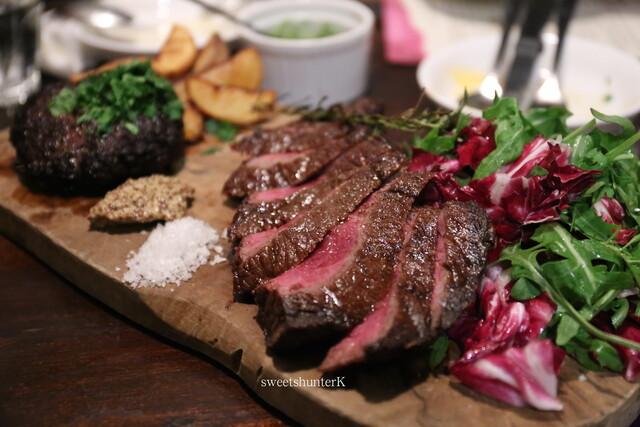 リカーリカ - ビステッカ&鹿肉のハンバーグ