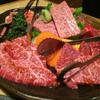 Sanshirou - 料理写真:黒毛和牛盛り合わせ