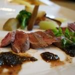 クローバー ボヌール - 子羊のヒレ肉ロースト