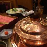 しゃぶ禅 - 厳選国産牛のしゃぶしゃぶ5300円。肉はかなり良い